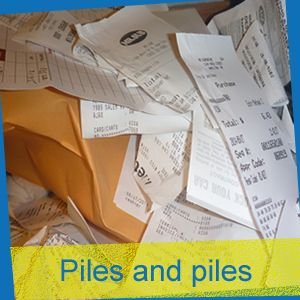 Nightmare over. Stop recording your pile of expense receipts !